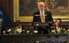 Dunaj podelil 3. častni doktorat prof. dr. Petru Rasporju
