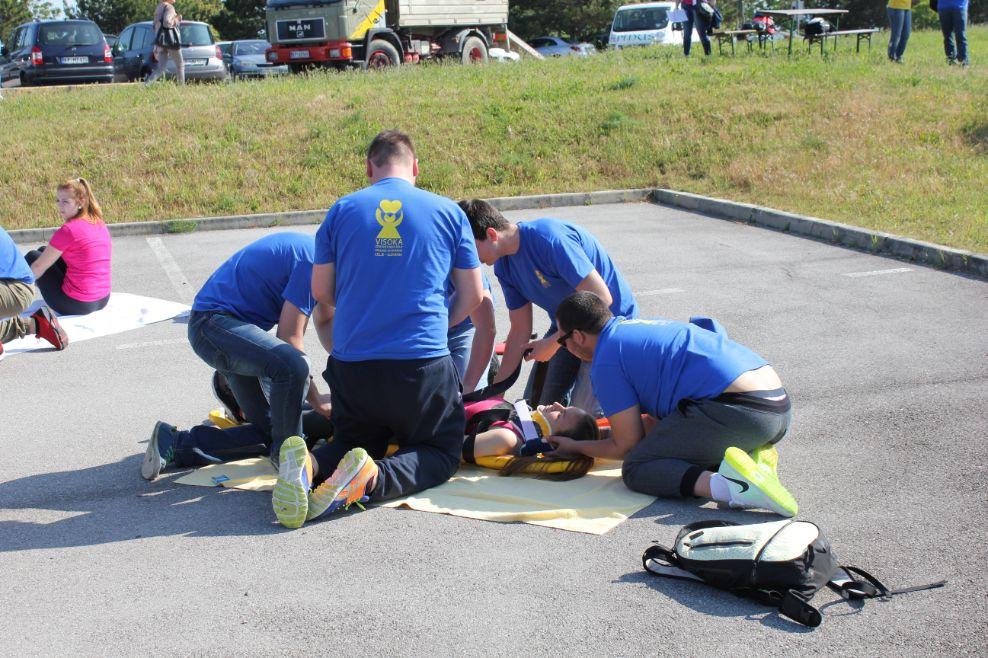 Tekmovanje študentov v intervencijah prve pomoči, 18. 5. 2016